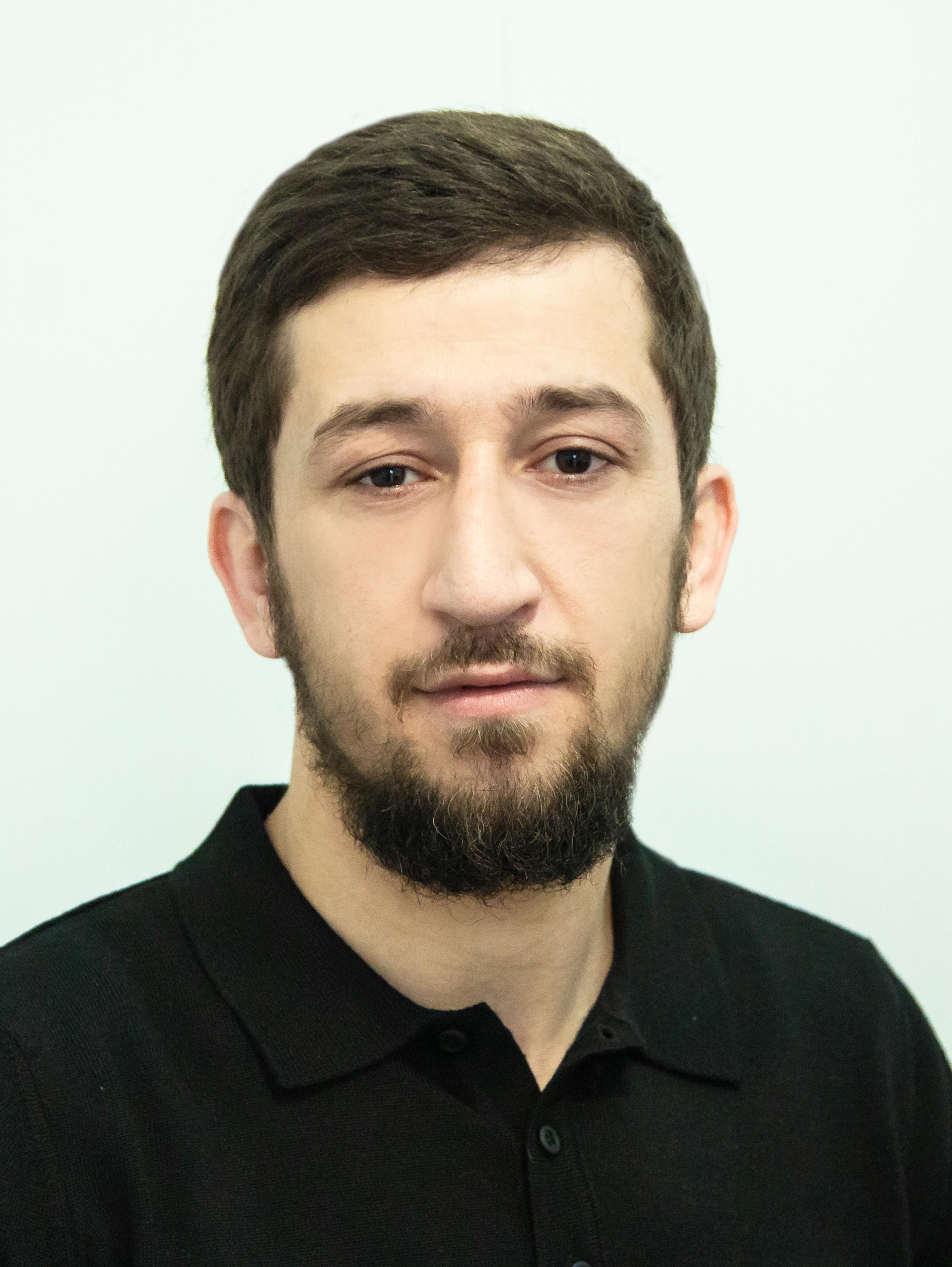 Алиханов Ахмед